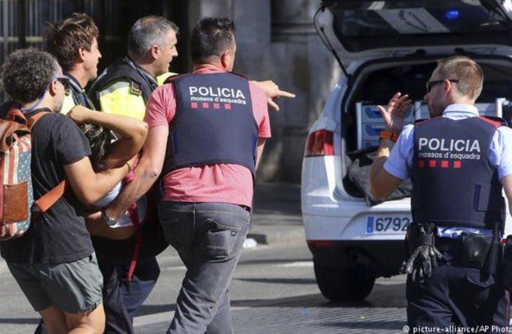 إسبانيا تفكك خلية المغاربة المسؤولين عن هجمات برشلونة