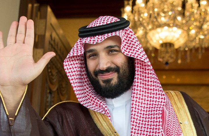 بتوجيهات بن سلمان .. البكيني يغزو شواطئ السعودية قريبًا