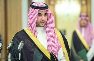 مجتهد: بن سلمان ينوي تعيين شقيقه خالد بدلا من الجبير