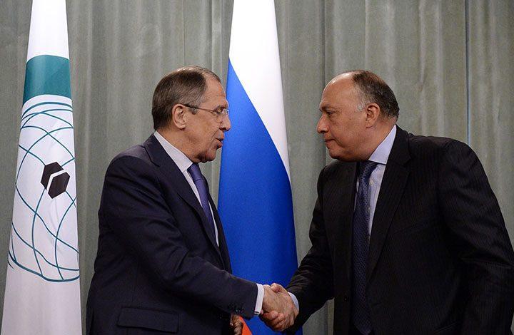 «شكري» يتوجه إلى روسيا في بداية جولة خارجية