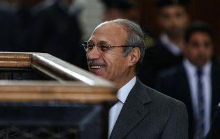 الأمن المصري يصادر صحيفة محلية بسبب تقرير يهاجم العادلي