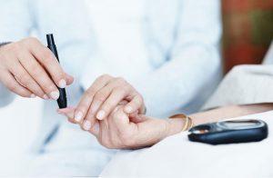 دراسة: الإفراط فى الأطعمة الدهنية تزيد خطر الإصابة بمرض السكر