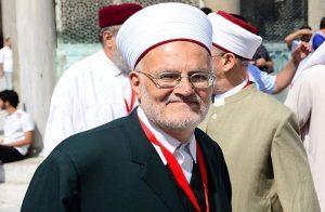 خطيب المسجد الأقصى: لا نعترف بقرار الاحتلال لإغلاق مكاتب للأوقاف بالقدس