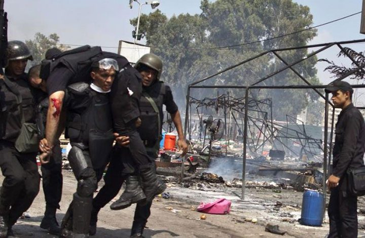 مصر.. مقتل 18 شرطي بيهم ضابطان في هجوم مسلح على قوات الأمن بالعريش