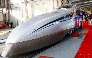 الصين تطلق قطار بسرعة 4000 كلم/ الساعة