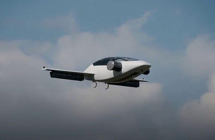 مؤسس جوجل X: سيتم إطلاق أول سيارة طائرة فى العالم في عام 2018