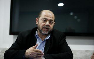 أبو مرزوق: سلاح المقاومة لن يكون مطروحا على طاولة الحوار