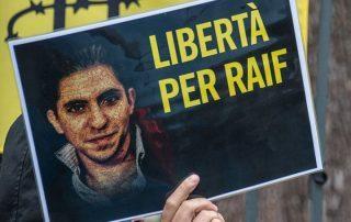«داعية أسترالي» يدعو السلطات السعودية لجلده بدلا من «رائف بدوي»