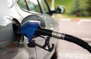 رغم نفي حكومة السيسي.. مصادر تؤكد رفع أسعار البنزين للمرة الرابعة مارس المقبل