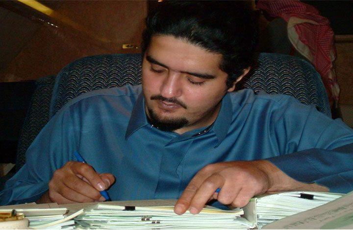 الأمير «عبدالعزيز بن فهد»: أنا مهدد بالقتل.. ومتابعوه يتهمون «بن زايد»