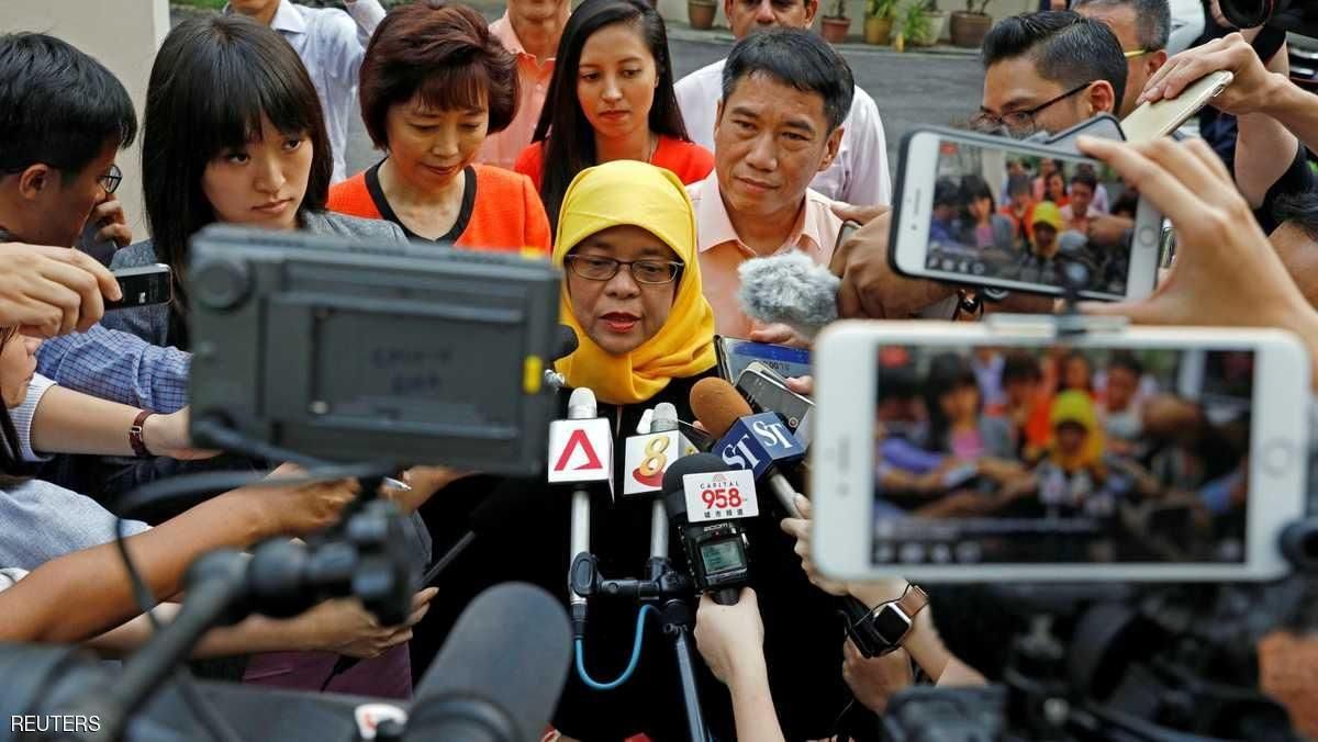 حليمة يعقوب أول رئيس سيدة مسلمة لسنغافورة،