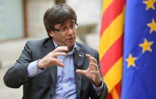 رئيس حكومة كتالونيا يعن الاستقلال عن إسبانيا من جانب واحد