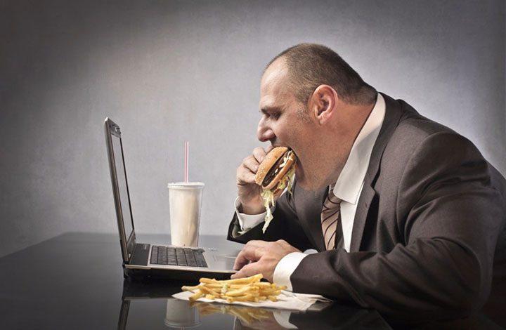 تعرف على أسباب زيادة الوزن وعلاقة وظيفتك بالسمنة