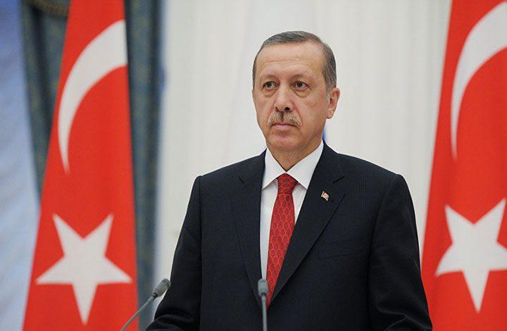 «أردوغان» يدعو لاستخدام العملات المحلية في تبادلات «الثماني الإسلامية»