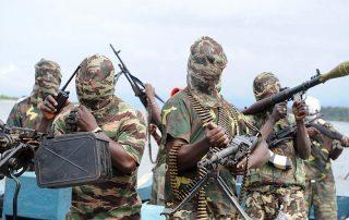 مقتل 13 شخصا وإصابة 5 آخرين في هجوم انتحاري بنيجيريا