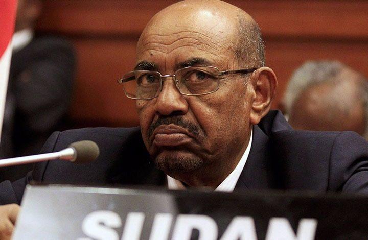 بعد رفع العقوبات عن السودان.. هل يدفع جيشها الثمن للإمارات في حرب اليمن