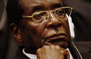 بعد الإطاحة برئيس زيمبابوي.. 200 انقلاب في إفريقيا خلال 100 عام