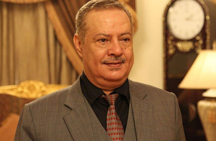محافظ عدن يستقيل: عراقيل الحكومة أعاقت جهود التنمية