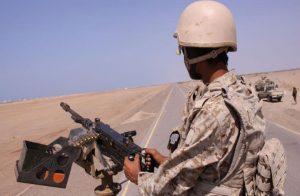 """تجدد الاشتباكات بين القوات اليمنية و""""الحزام الأمني"""" بعدن"""