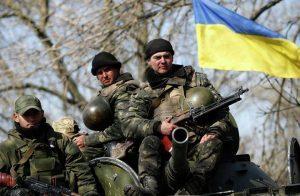 مقتل 5 جنود بالجيش الأوكراني باشتباكات مع متمردين موالين لروسيا