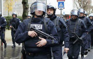 إيقاف 15 متظاهرا ضد الإسلام في العاصمة الفرنسية باريس