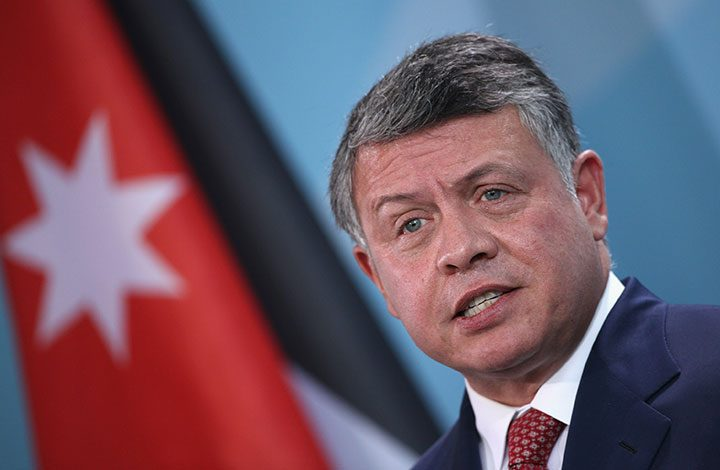 ملك الأردن يحذر من نقل السفارة الأمريكية إلى القدس