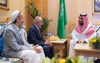 """لقاء """"بن سلمان"""" وقيادات الإصلاح اليمني يثير الجدل.. من سيفيد من؟"""