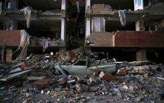ارتفاع ضحايا زلزال إيران إلى 164 قتيلا وأكثر من 1500 مصاب