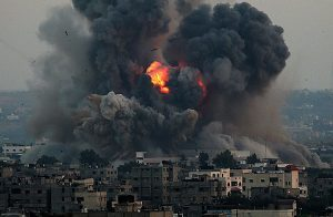 """منذ قرار """"ترامب"""".. """"إسرائيل"""" تواصل قصف غزة لليوم الثاني عشر"""