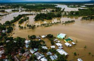 """""""تشريد 70 ألف و182 قتيلا"""".. حصيلة العاصفة """"تمبين"""" في الفلبين في أسبوع"""