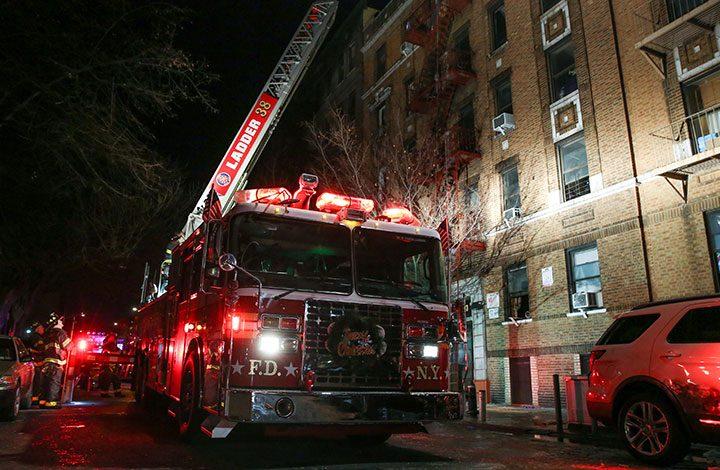وفاة 12 شخصا في حريق بمدينة نيويورك