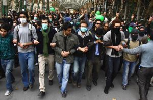 50 قتيلا و3 آلاف معتقل حصيلة الاحتجاجات الإيرانية