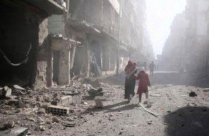 """سوريا.. مقتل 8 مدنيين في غارات بـ""""قنابل فراغية"""" على ريف إدلب"""