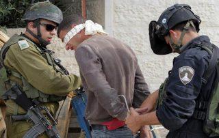 """""""إسرائيل"""" تعتقل 14 فلسطينيا في الضفة الغربية"""