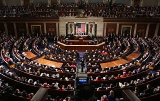 مسؤلون أمريكيون: ترامب أبلغ الكونجرس بقطع المساعدات الأمنية عن باكستان