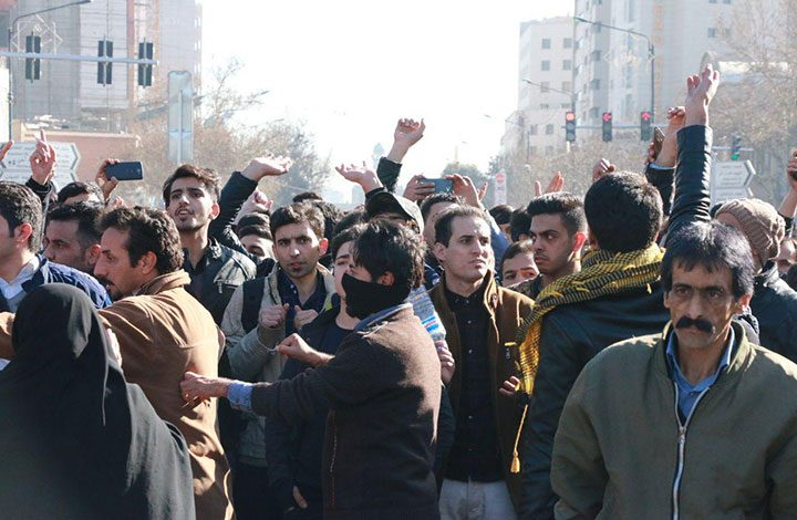 إخلاء سبيل 440 متظاهرا اعتقلوا خلال احتجاجات ضد الحكومة في إيران