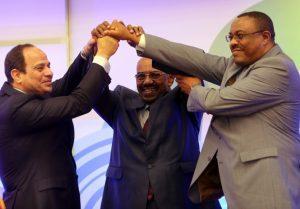قادة مصر والسودان وإثيوبيا يحتفلون بتوقيع الاتفاق الثلاثي 2015