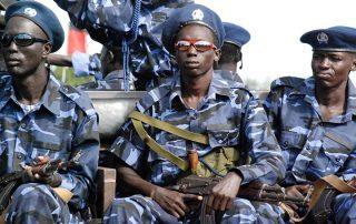 الشرطة السودانية تفرق محتجين على ارتفاع أسعار الخبز
