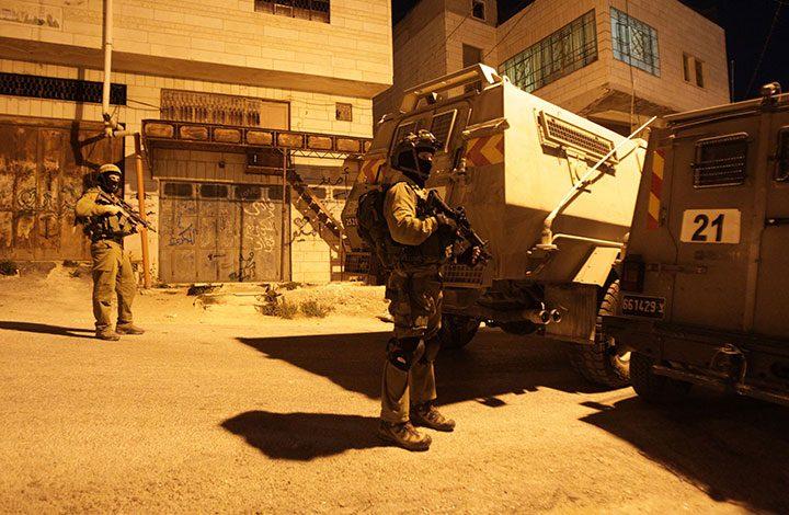 شهيد في اشتباك مسلح بين قوة إسرائيلية ومسلحين فلسطينيين