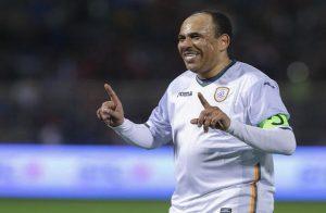 الأهلي المصري يهزم نجوم الدوري السعودي