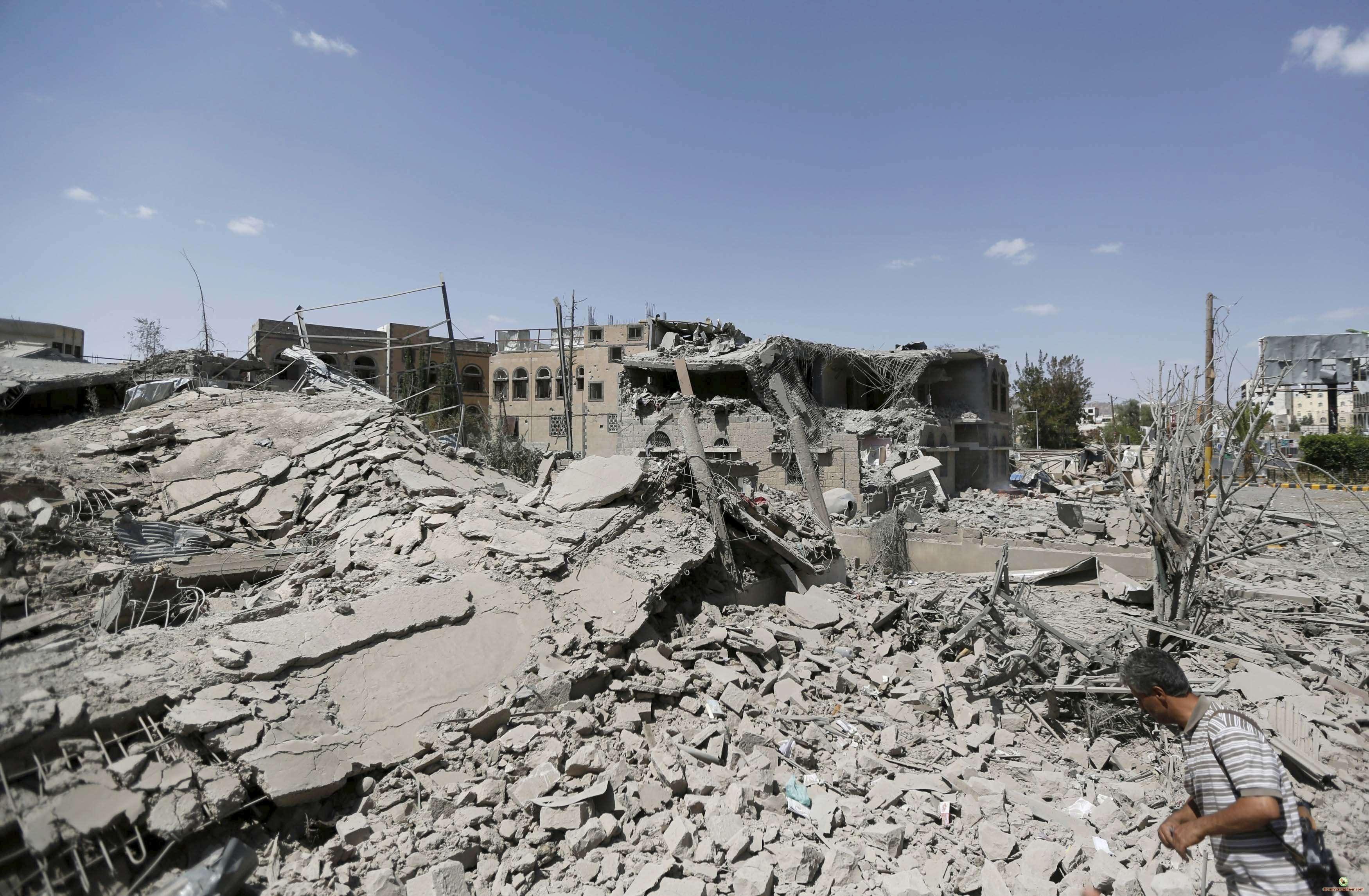 بعض من الدمار الناتج عن حرب اليمن