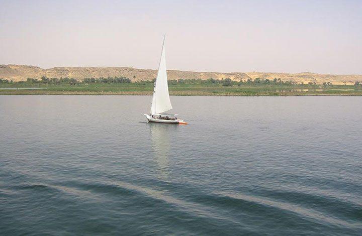 البشير: حسمنا أمرنا لنقل مياه النيل إلى مدينة بورتسودان