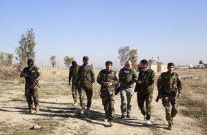 """مسؤول أمريكي: مقتل أكثر من 100 مقاتل من قوات بشار الأسد بـ""""دير الزور"""""""