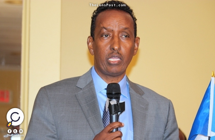 وزير الخارجية الصومالي أحمد عيسى عوض