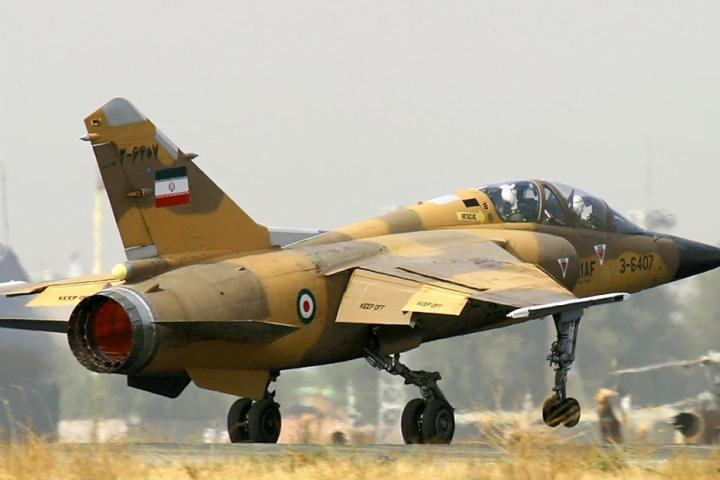 إيران-تؤكد-سقوط-طائرة-عسكرية-ومقتل-طياريها