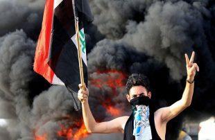 العراقمحتجون-يقطعون-الطرق-ويحرقون-الإطارات-رفضا-للقادة-السياسيين