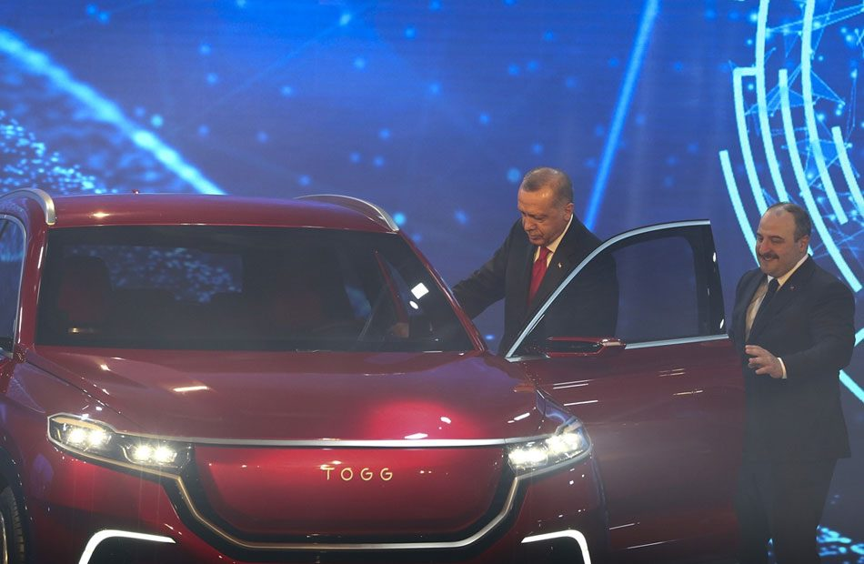 تركيا-تنتج-أول-سيارة-محلية-الصنع