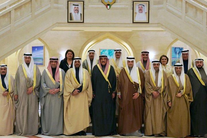 70%-من-الكويتيين-غير-راضين-عن-أداء-الحكومة