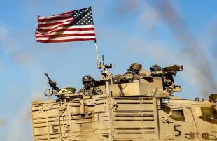 أمريكا-ترسل-تعزيزات-عسكرية-ولوجستية-إلى-قواعدها-شرقي-سوريا