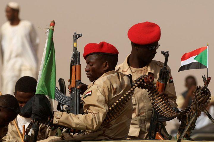 الجيش السوداني: تمرد بعض عناصر من جهاز المخابرات سيقابل بالحسم الفوري
